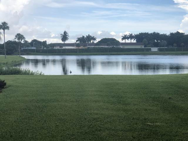 22 Waterford Way A, Delray Beach, FL 33446 (#RX-10646580) :: Posh Properties