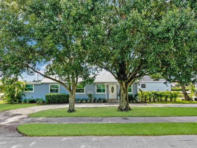 7612 Seabreeze Drive, Lake Worth, FL 33467 (#RX-10646724) :: The Rizzuto Woodman Team