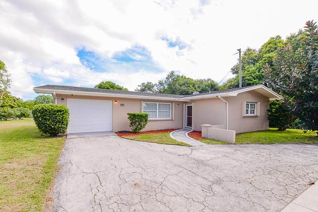 751 NE Prima Vista Boulevard, Port Saint Lucie, FL 34952 (#RX-10646747) :: The Rizzuto Woodman Team