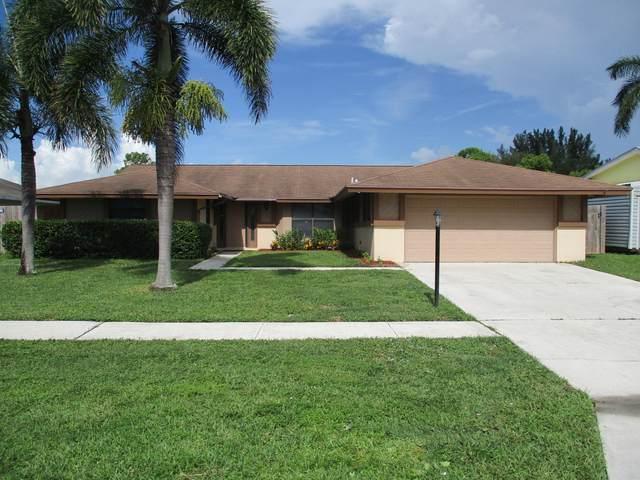 8497 Mildred Drive W, Boynton Beach, FL 33472 (#RX-10646839) :: The Rizzuto Woodman Team