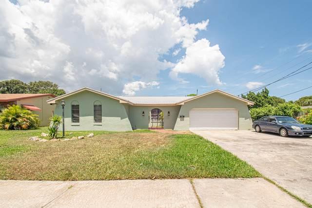 211 Hawthorne Drive, Lake Park, FL 33403 (#RX-10647174) :: The Rizzuto Woodman Team