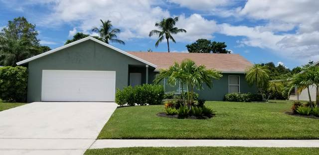 278 La Mancha Avenue, Royal Palm Beach, FL 33411 (MLS #RX-10647460) :: Laurie Finkelstein Reader Team