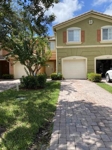 365 SE Bloxham Way, Stuart, FL 34997 (MLS #RX-10647848) :: Miami Villa Group
