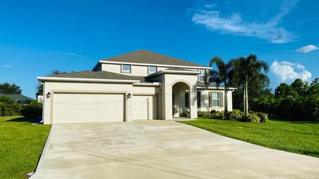 5648 NW Lorna Court, Port Saint Lucie, FL 34986 (#RX-10647954) :: The Rizzuto Woodman Team
