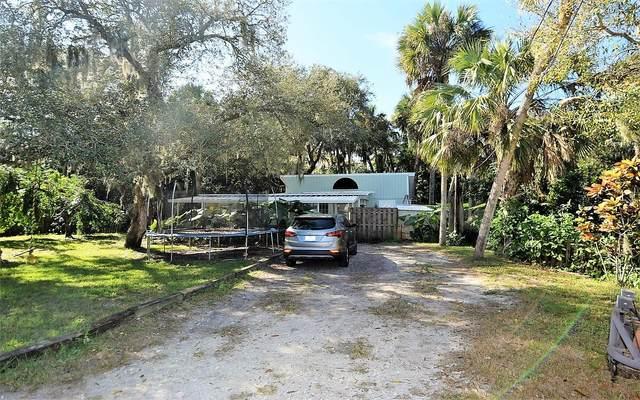 8058 SW Wildwood Drive, Stuart, FL 34997 (#RX-10648694) :: The Rizzuto Woodman Team