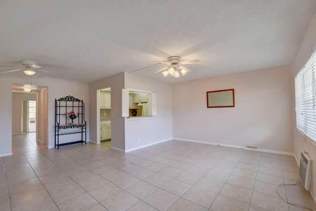 274 Chatham N, West Palm Beach, FL 33417 (#RX-10649325) :: Posh Properties