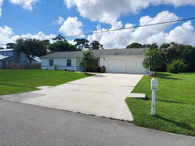 2751 SE Carthage Road, Port Saint Lucie, FL 34952 (#RX-10649964) :: The Rizzuto Woodman Team