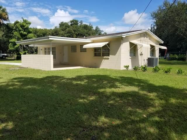 1008 Charlotta Street, Fort Pierce, FL 34982 (#RX-10651273) :: The Rizzuto Woodman Team