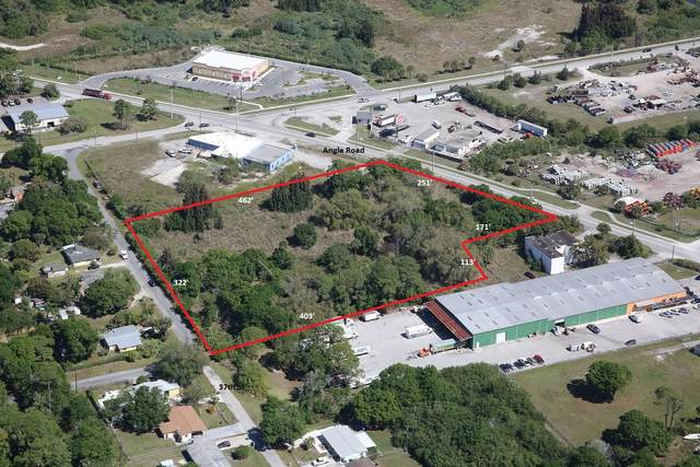 407 Angle Road, Fort Pierce, FL 34947 (#RX-10651478) :: The Rizzuto Woodman Team
