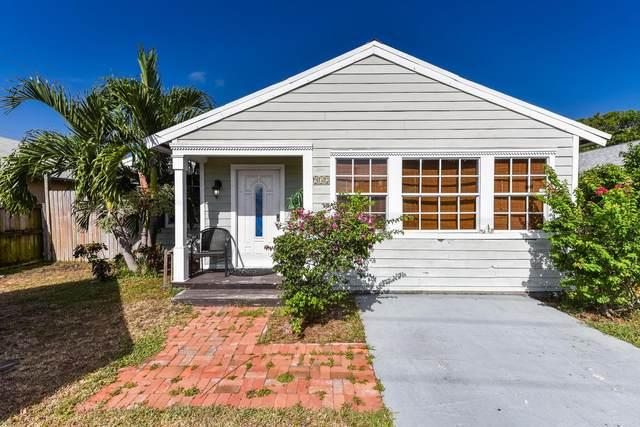 932 SE 4th Avenue, Delray Beach, FL 33483 (#RX-10651731) :: The Rizzuto Woodman Team