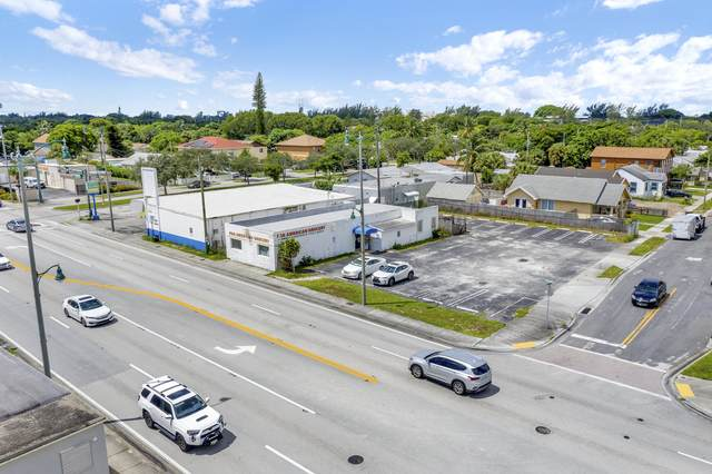 5509 Broadway, West Palm Beach, FL 33407 (#RX-10651941) :: The Rizzuto Woodman Team