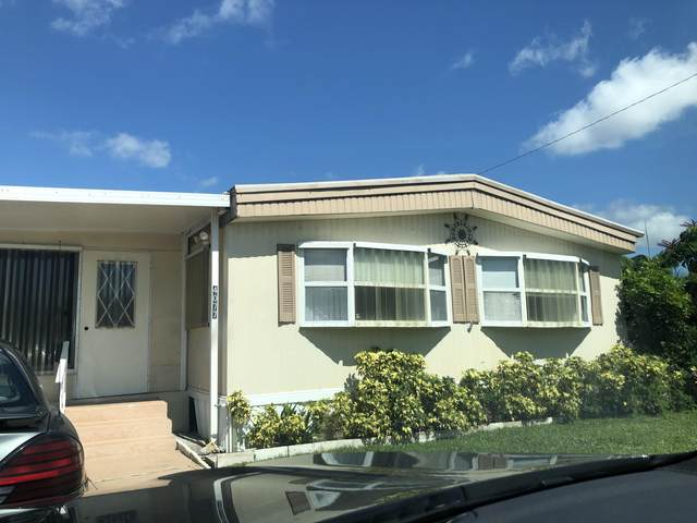 4077 Cardinal Road, Boynton Beach, FL 33436 (#RX-10652223) :: The Rizzuto Woodman Team