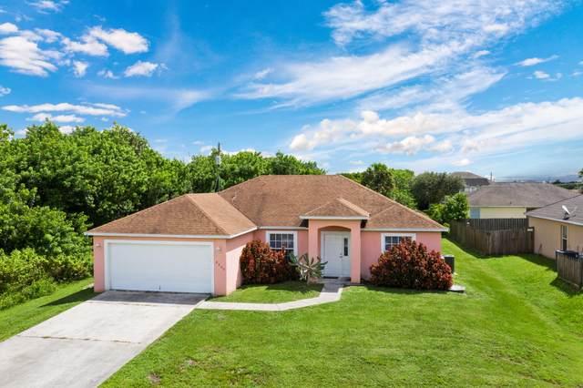 4609 SW Tacoma Street, Port Saint Lucie, FL 34953 (MLS #RX-10653693) :: Berkshire Hathaway HomeServices EWM Realty