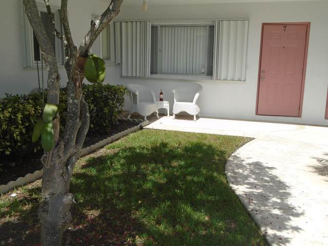 2286 Lake Osborne Drive #7, Lake Worth Beach, FL 33461 (#RX-10654091) :: Posh Properties