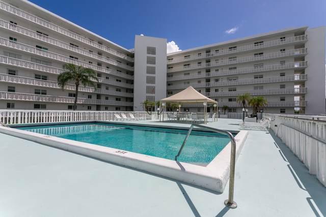 301 Lake Shore Drive #511, Lake Park, FL 33403 (#RX-10654768) :: Posh Properties