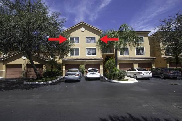 300 Scotia Drive #302, Hypoluxo, FL 33462 (#RX-10654881) :: Posh Properties