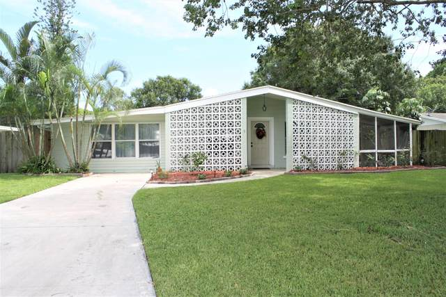 3826 Saint Marks Drive, Fort Pierce, FL 34982 (#RX-10655282) :: Ryan Jennings Group