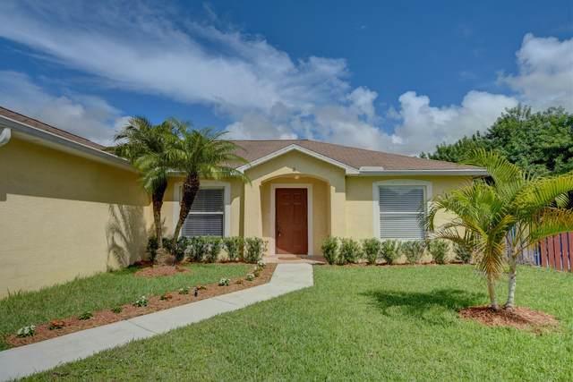 4357 SW Jarmer Road, Port Saint Lucie, FL 34953 (#RX-10655393) :: The Rizzuto Woodman Team