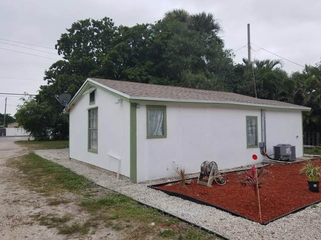 944 N Haverhill Road, Haverhill, FL 33415 (#RX-10655537) :: Ryan Jennings Group