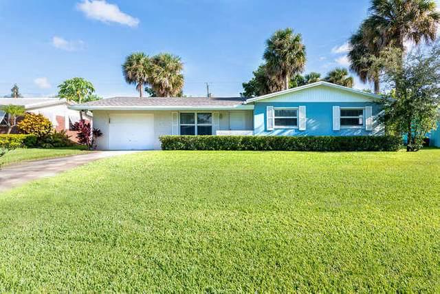 3827 Lighthouse Drive, Palm Beach Gardens, FL 33410 (MLS #RX-10656003) :: Laurie Finkelstein Reader Team