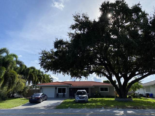 5950 Lake Osborne Drive, Lake Worth, FL 33461 (#RX-10656162) :: Treasure Property Group