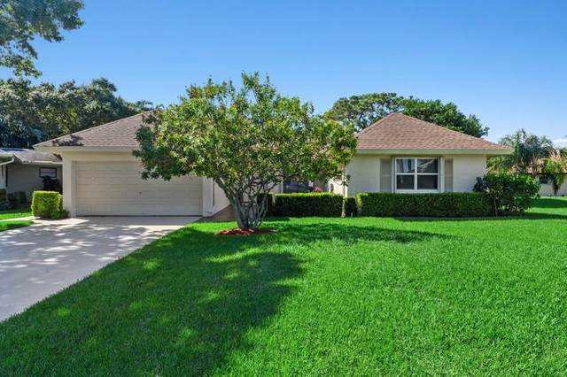 10355 Greentrail Drive N, Boynton Beach, FL 33436 (#RX-10656183) :: Treasure Property Group