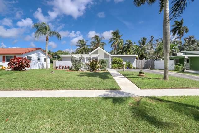 3127 Grove Road, Palm Beach Gardens, FL 33410 (MLS #RX-10656243) :: Laurie Finkelstein Reader Team