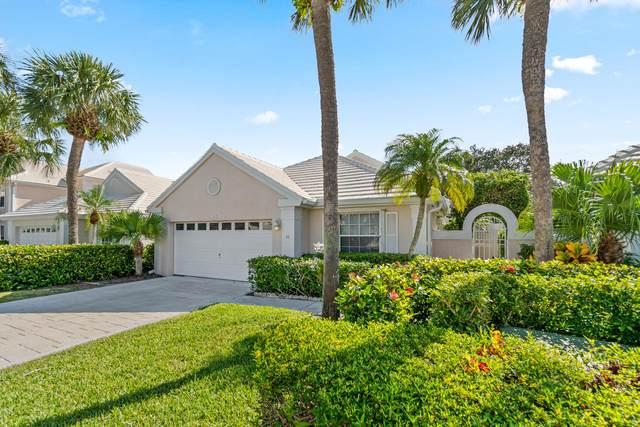 11 Dorchester Circle, Palm Beach Gardens, FL 33418 (#RX-10656436) :: Treasure Property Group