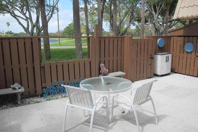 5626 56th Way, West Palm Beach, FL 33409 (MLS #RX-10656571) :: Berkshire Hathaway HomeServices EWM Realty
