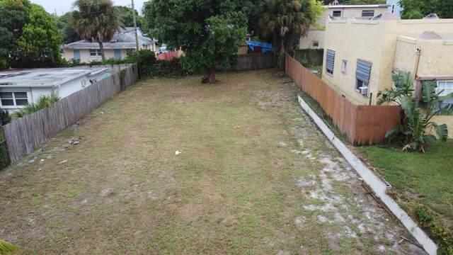 810 34th Street, West Palm Beach, FL 33407 (#RX-10657234) :: The Rizzuto Woodman Team