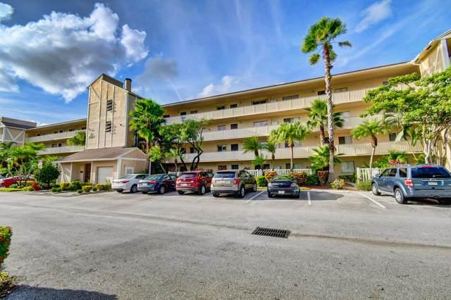 7267 Huntington Lane #405, Delray Beach, FL 33446 (#RX-10657399) :: The Rizzuto Woodman Team