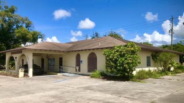 916 NW Park Street, Okeechobee, FL 34972 (MLS #RX-10657589) :: Berkshire Hathaway HomeServices EWM Realty