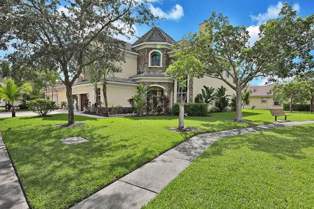 9292 Pineville Drive, Lake Worth, FL 33467 (#RX-10657653) :: Ryan Jennings Group