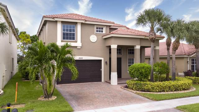2202 SW Newport Isles Boulevard, Port Saint Lucie, FL 34953 (#RX-10657747) :: Ryan Jennings Group