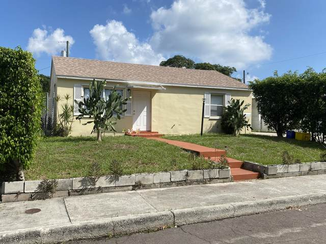 417 Summa Street, West Palm Beach, FL 33405 (MLS #RX-10657938) :: Castelli Real Estate Services