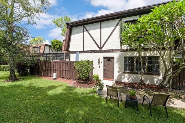 126 Weybridge Circle C, Royal Palm Beach, FL 33411 (MLS #RX-10657988) :: The Jack Coden Group