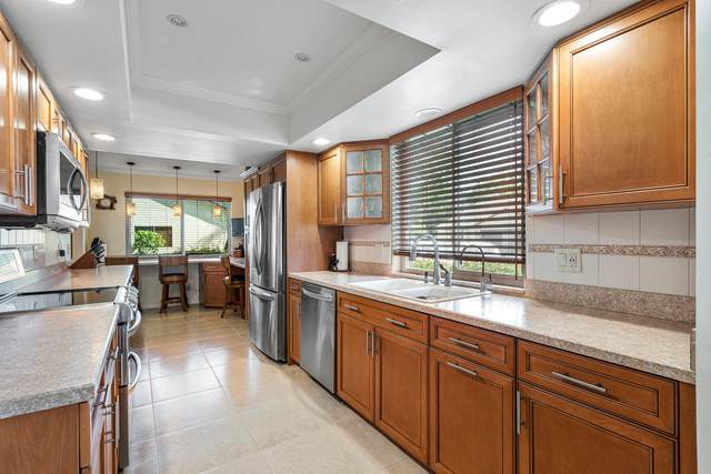 147 Meander Circle, Royal Palm Beach, FL 33411 (MLS #RX-10658245) :: The Jack Coden Group