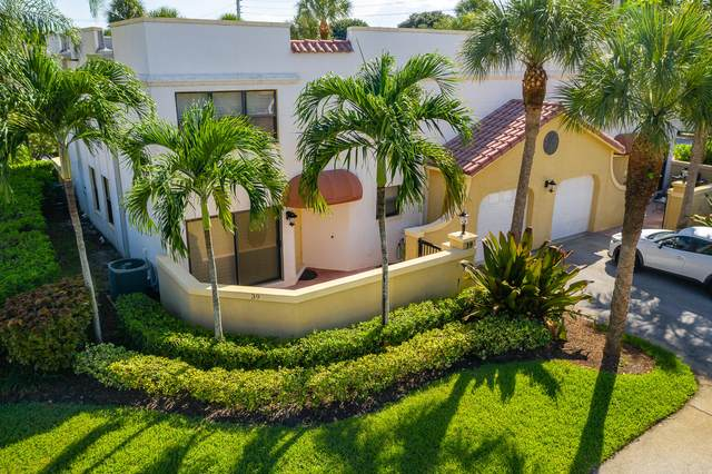 39 Uno Lago Drive, Juno Beach, FL 33408 (MLS #RX-10658454) :: Berkshire Hathaway HomeServices EWM Realty