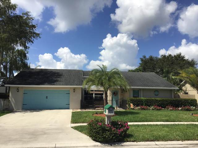 176 Parkwood Drive, Royal Palm Beach, FL 33411 (MLS #RX-10658553) :: Berkshire Hathaway HomeServices EWM Realty