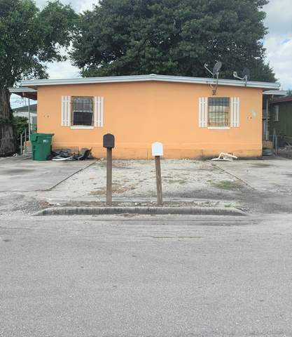 285 NW 11th Avenue A, South Bay, FL 33493 (MLS #RX-10659541) :: Berkshire Hathaway HomeServices EWM Realty
