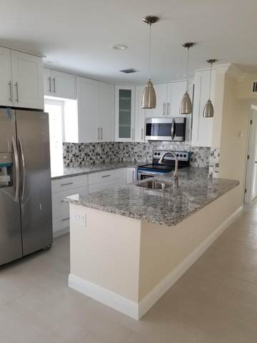 461 Burgundy J, Delray Beach, FL 33484 (MLS #RX-10660082) :: Berkshire Hathaway HomeServices EWM Realty