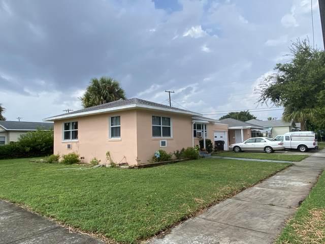 5601 Spruce Avenue, West Palm Beach, FL 33407 (#RX-10661188) :: The Rizzuto Woodman Team
