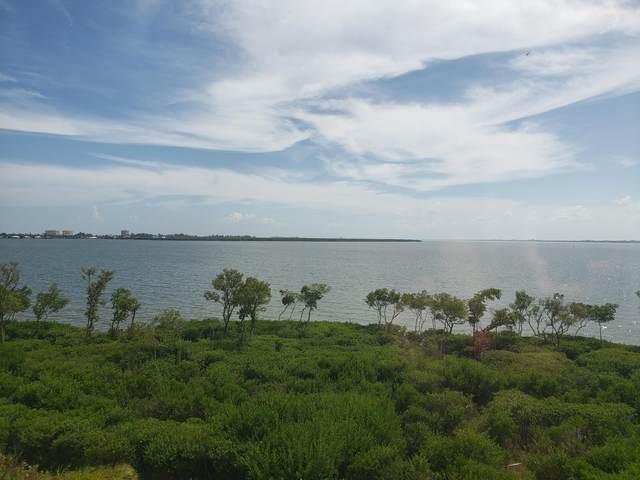 24 Harbour Isle Drive W Ph02, Fort Pierce, FL 34949 (MLS #RX-10661732) :: Berkshire Hathaway HomeServices EWM Realty