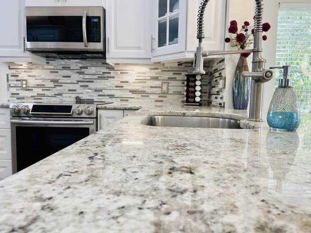 10576 Tropic Palm Avenue #201, Boynton Beach, FL 33437 (#RX-10661921) :: Posh Properties