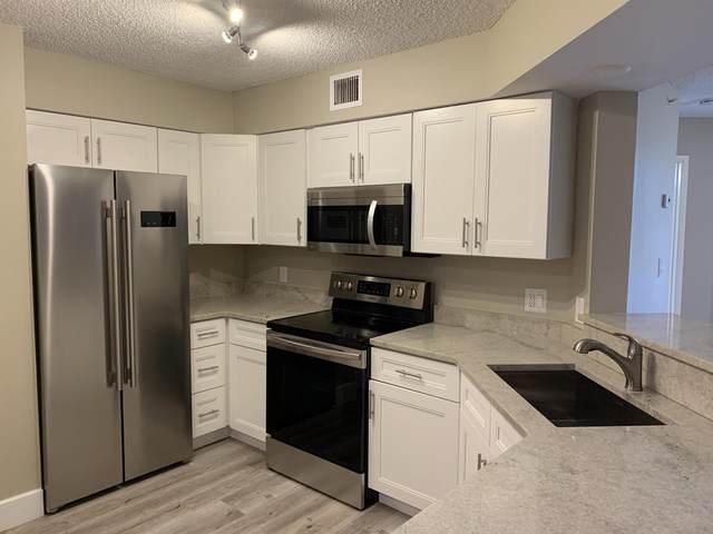 800 Scotia Drive #204, Hypoluxo, FL 33462 (#RX-10664201) :: Posh Properties