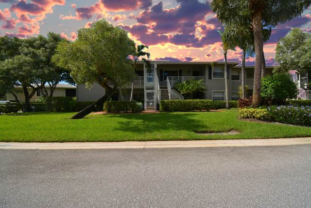 48 Stratford Lane 48B, Boynton Beach, FL 33436 (#RX-10664880) :: The Rizzuto Woodman Team