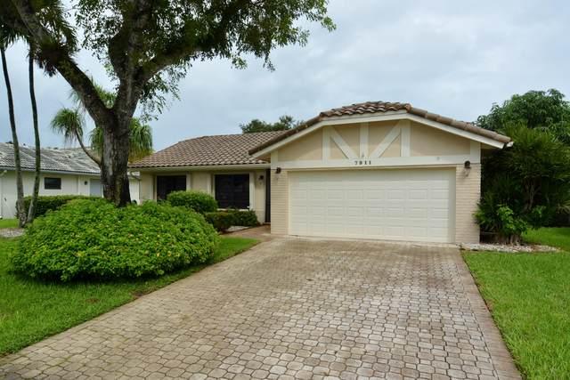 7911 Cloverfield Circle, Boca Raton, FL 33433 (#RX-10664977) :: Dalton Wade