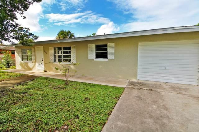 2906 Avenue R Avenue, Fort Pierce, FL 34947 (MLS #RX-10665146) :: United Realty Group