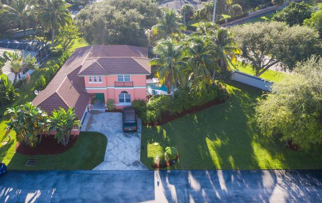 8156 SE Governors Way, Hobe Sound, FL 33455 (MLS #RX-10665314) :: THE BANNON GROUP at RE/MAX CONSULTANTS REALTY I