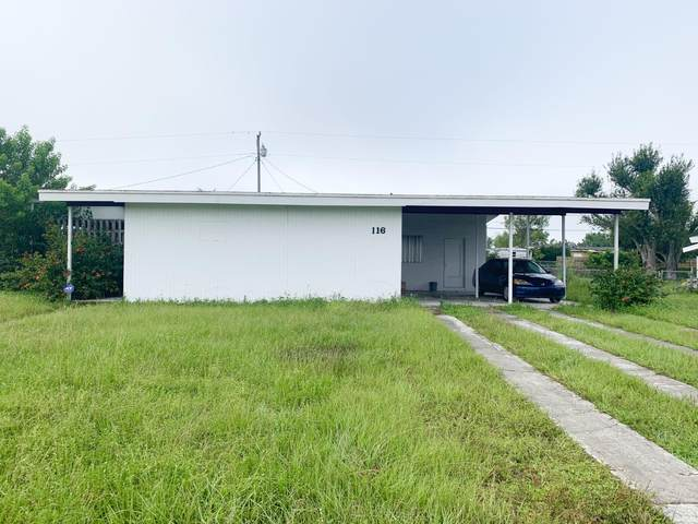 116 SE Prima Vista Boulevard, Fort Pierce, FL 34983 (MLS #RX-10665629) :: THE BANNON GROUP at RE/MAX CONSULTANTS REALTY I